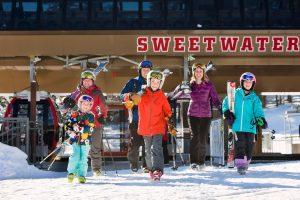 kids ski free jackson hole wyoming
