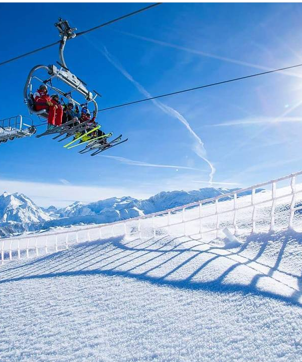 ski carnaval courchevel 2022 frança