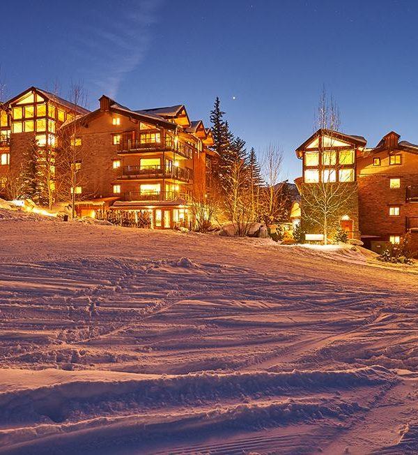 the-crestwood-condos ski snowmass 2022