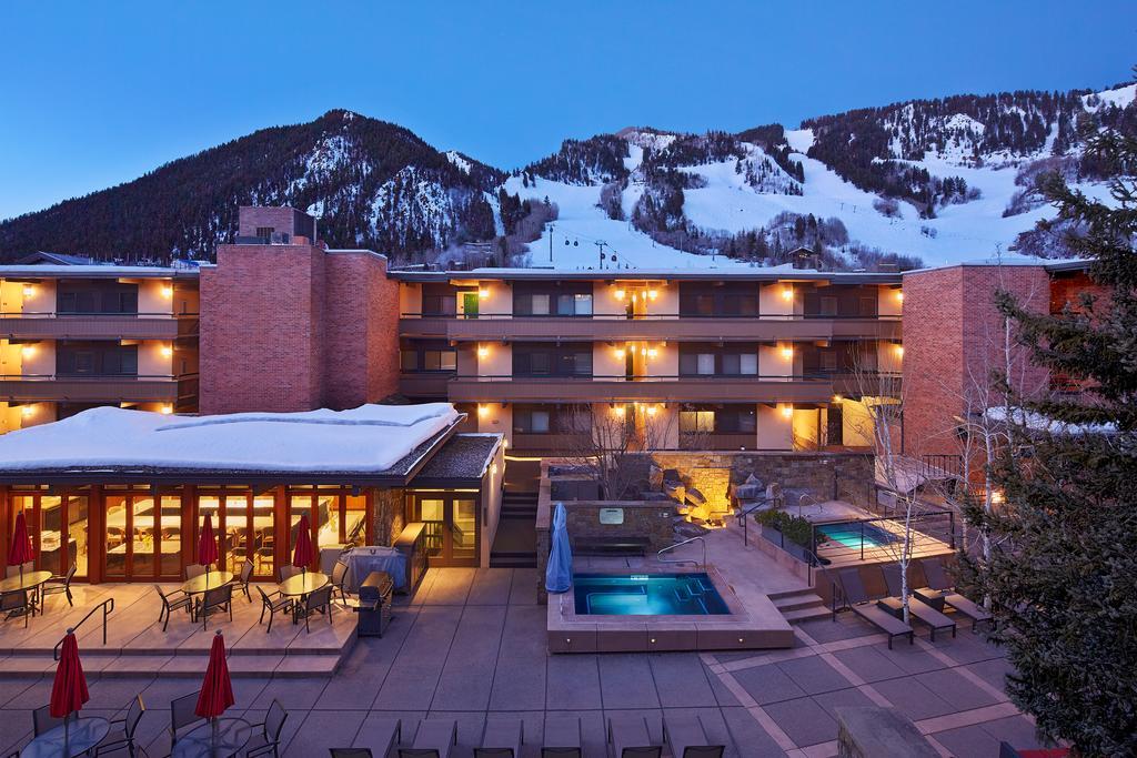Aspen Square Condo piscina