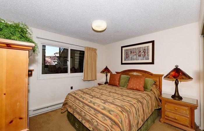 Crestwood-1 Bedroom Standard Condo 2