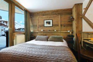 Hotel des 3 Vallees_Coccon Room-Duplo e varanda