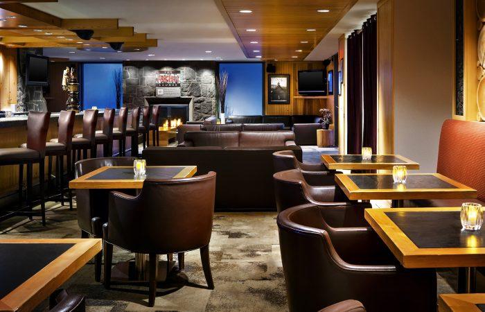 Westin Whistler - FireRock Lounge