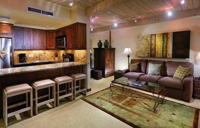 aspen square condo 1bedroom living