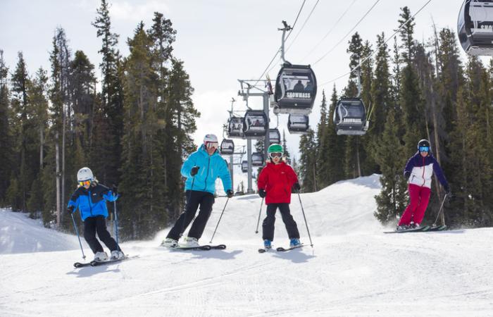 carnaval ski familia snowmass