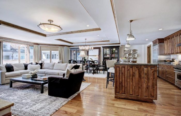Arrabelle at Vail Square - 2 Bedroom Condo - Living