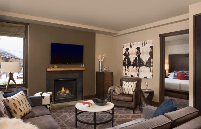 Hotel Terra - 1, 2 & 3 Bedroom Suite Living Room