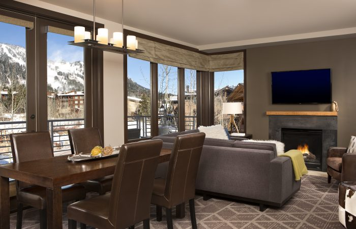 Hotel Terra - 1, 2 & 3 Bedroom Suite Living and Dining Room