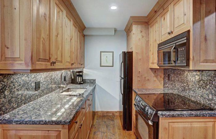 Lodge at Vail - 2 Bedroom Condo - Cozinha