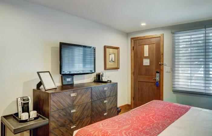 Lodge at Vail - Economy 1 King