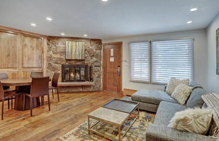 Lodge at Vail - Studio Standard - Living