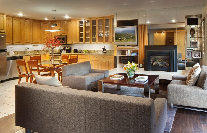Manor Vail Lodge - 2 Bedroom Gold - Living