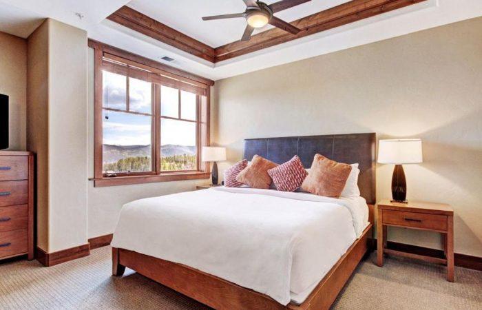 One Ski Hill Place - 1 Bedroom Condo - Quarto