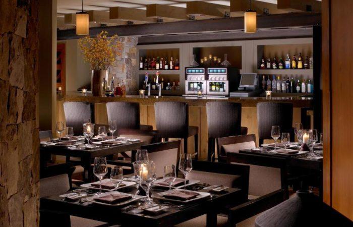 One Ski Hill Place - Restaurante