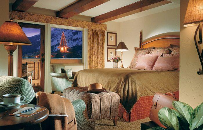 Snake River Lodge - Condo Master Bedroom