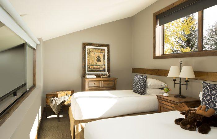 Teton Mountain Lodge - Bi-Level Suite - Loft 2 Twin Beds