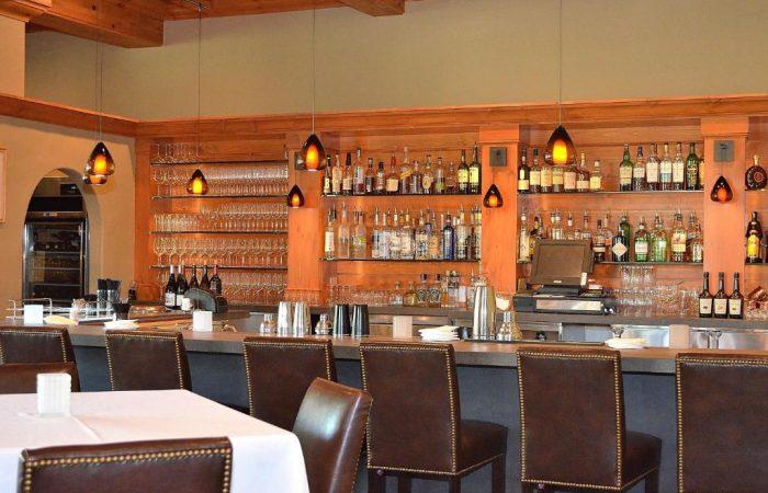 The Pines beaver Creek - Bar