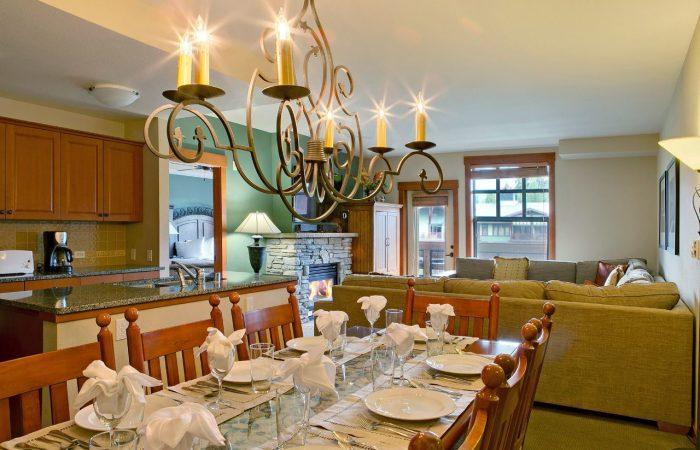 he Village Lodge_Mammoth- Área de estar - Condos de 1 e 2 quartos