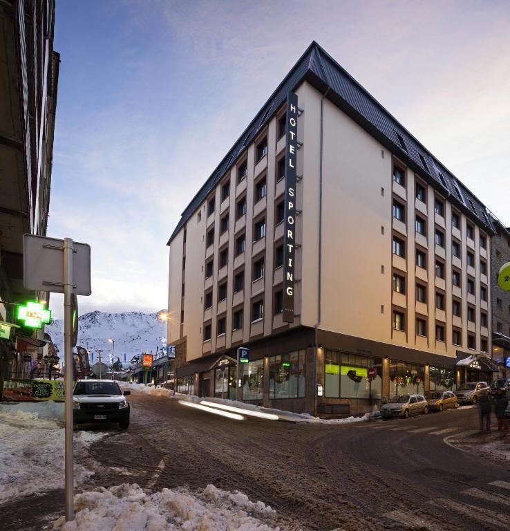 Hotel Sporting - Andorra - Pas de La Casa - Vista Externa